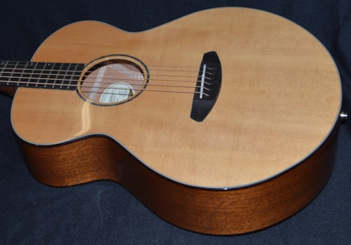 2016 Breedlove Premier Auditorium Mahogany  Natural, Brand New, Original Hard