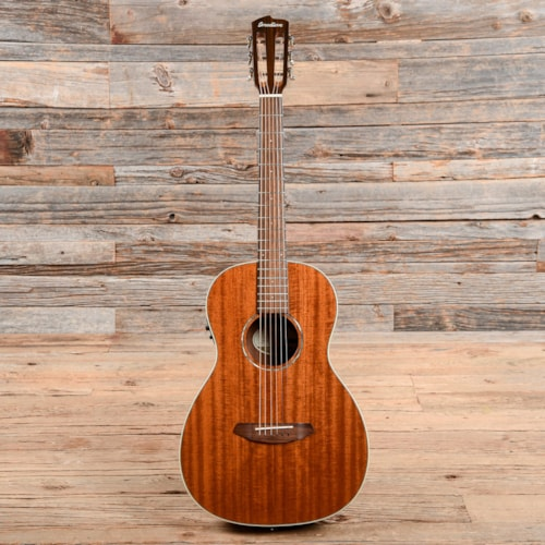 Breedlove Pursuit Parlor MH Gloss Natural 2016