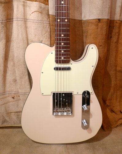 2016 Fender Custom Telecaster (1962 Reissue) White, Excellent, GigBag, $1,175.00