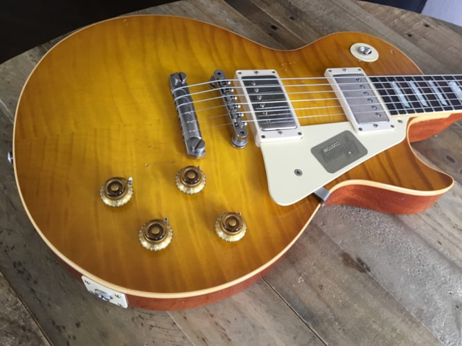 2016 Gibson Custom Shop Collector's Choice #35 Gruhn Burst Dirty Lemon, Mint, Hard, $7,299.00