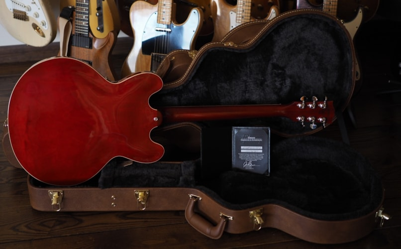 2016 Gibson ES-335 Faded Cherry, Mint, Hard, $2,999.00