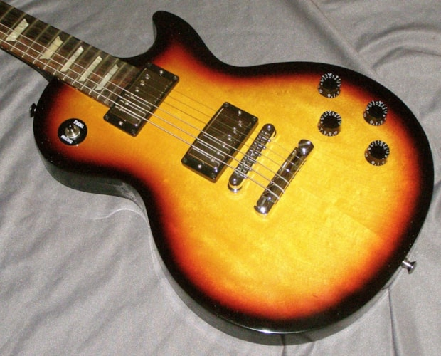 2016 Gibson Les Paul Studio T gloss finish REDUCED! Fireburst