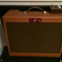 2016 Lazy J J20 with reverb and tremolo with duece cruzer pedal