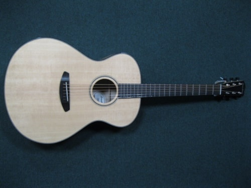 2017 Breedlove Oregon Concerto E Natural, Brand New, Original Hard