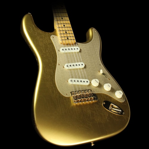 2017 Fender Custom Shop Used Fender Custom Shop 2017 Limited Edition Stratocaster Closet Classic Electric Guitar HLE Gold