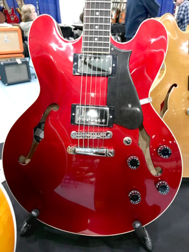 2017 Heritage H535 Candy Apple Red, Brand New, Original Hard