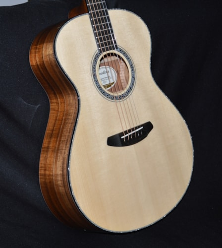 2018 Breedlove Legacy Concerto Natural Gloss, Brand New, Hard