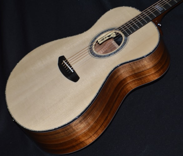 2018 Breedlove Legacy Concerto Natural Gloss, Brand New, Hard, $3,299.00