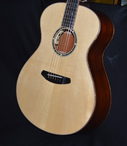 2018 Breedlove Masterclass Concerto Natural Gloss, Brand New, Hard