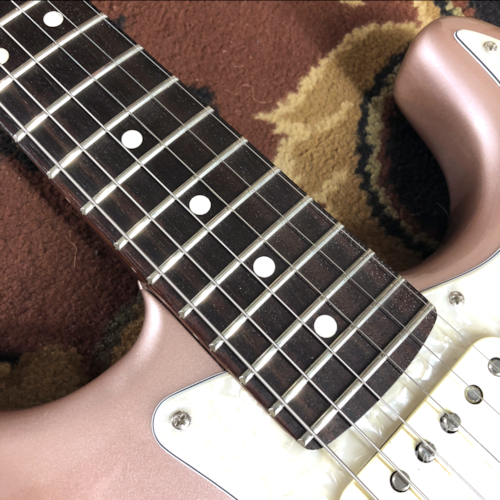 2018 Fender American Professional Stratocaster Rosewood Neck Rose Gold
