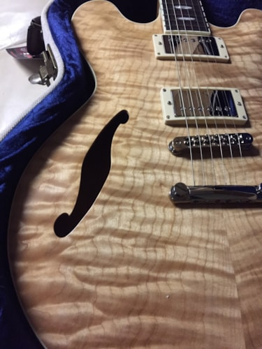 2018 Forshage quilted 335 with throbaks natural ( Nitro), Brand New, Original Hard, $4,999.00