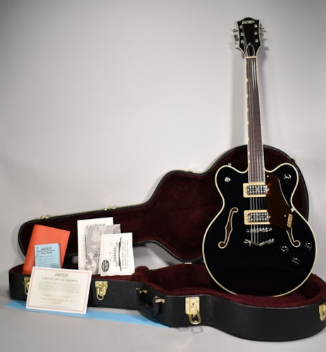 2018 Gretsch G6609 Players Edition Broadkaster Black Finish Guitar w/OHSC