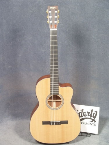 2018 Martin 000C NYLON GUITAR WITH PICKUP & CASE $1,999.00