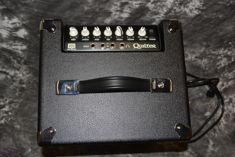 """2018 Quilter Blockdock 10"""" Cab AND101 Reverb Head Black, Brand New"""