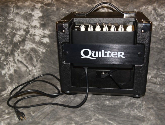 "2018 Quilter Blockdock 10"" Cab AND101 Reverb Head Black, Brand New"