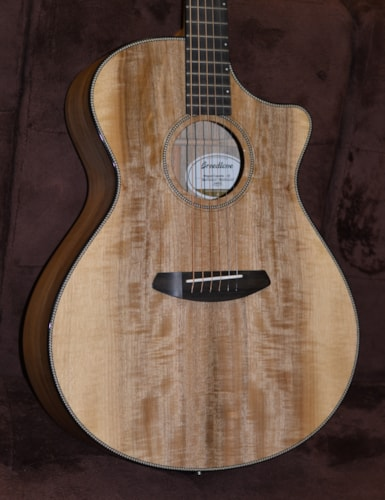 2019 Breedlove Oregon Concerto CE Myrtlewood Natural