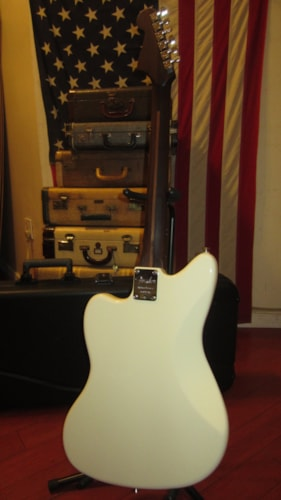 2019 Fender American Professional Jazzmaster Limited Edition White