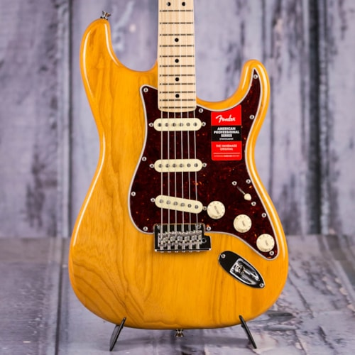 Fender 2019 Limited Edition American Professional Stratocaster, Aged Natural