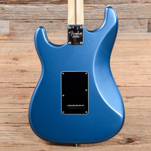 Fender Limited Edition American Professional Stratocaster w/striped Ebony Fretboard Lake Placid Blue 2019