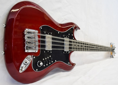 2019 Hagstrom H8-2 Wild Cherry Transparent