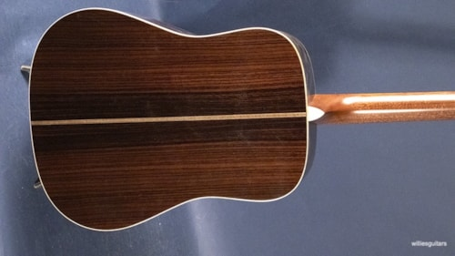 New Martin D-28 Modern Deluxe Natural