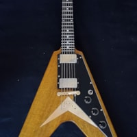 2020 Sonicguitars Flying V 1959 aged replica