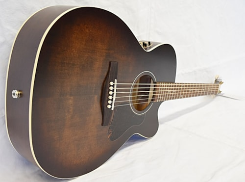 Art and Lutherie Legacy QIT CW Bourbon Burst