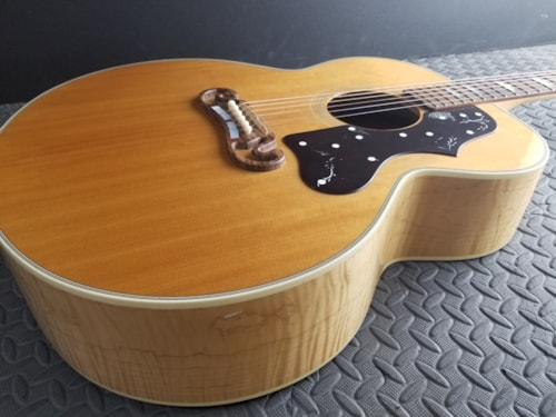 Beautiful Gibson J-150 Natural Jumbo Flame Maple 200 Amazing Sound Excellent ++