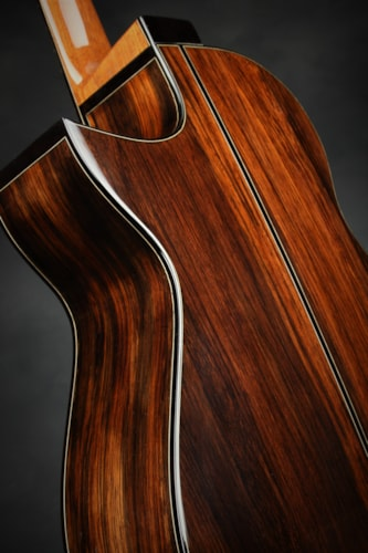 Bigfoot OMC - German Spruce/Madagascar Rosewood