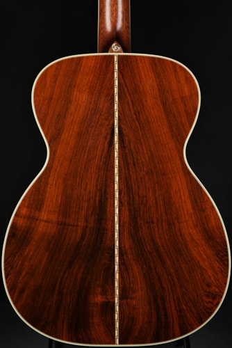 Bourgeois 00-150 Vine Bearclaw Adi/Master Brazilian/Demo Mint, Hard