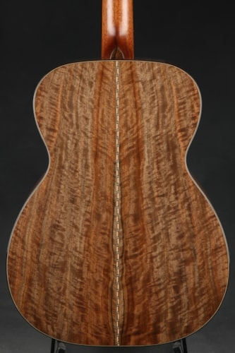 Bourgeois OM Wood Deluxe - Redwood/English Walnut/Demo Mint, Hard