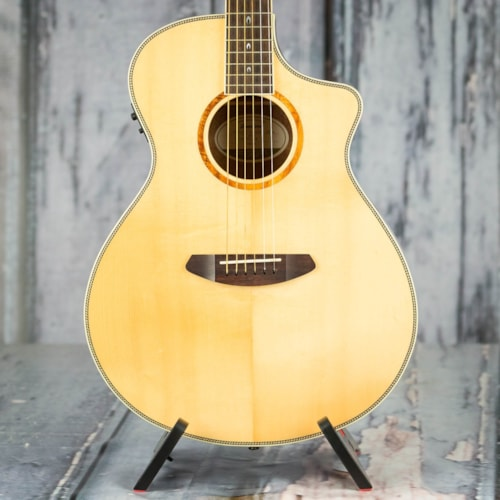 Used Breedlove 25th Anniversary Pursuit Acoustic/Electric, Natural