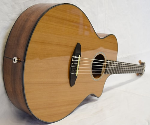 Breedlove Pursuit Concert Nylon CE Natural