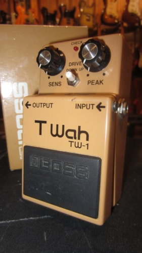 Circa 1985 BOSS T-Wah TW-1 Beige Made in Japan