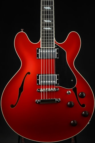 Collings I-35 LC Deluxe - Candy Apple Red