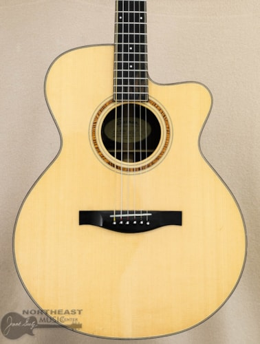 Eastman AC712C Acoustic/Electric Guitar - Natural (Used)