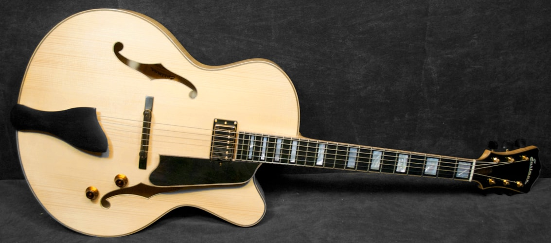 EASTMAN Jazz Elite 17 10069 Blonde, Brand New, Original Hard, Call For Price!