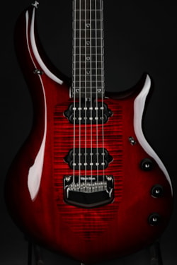 Ernie Ball Music Man Majesty Monarchy - Royal Red