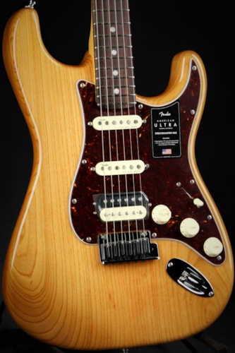 Fender American Ultra Stratocaster HSS - Aged Natural