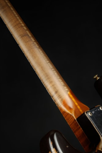 Fender Custom Shop 1957 Stratocaster Roasted Ash Heavy Relic - Chocolate 3-Color (1957 reissue)