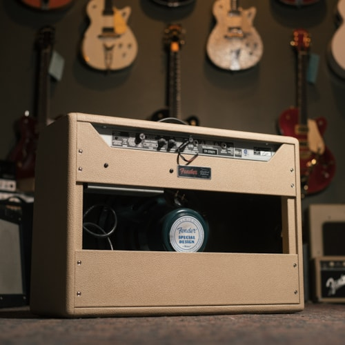 Fender '65 Deluxe Reverb Limited Edition Brand New