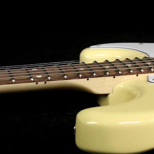 Fender Artist Series Yngwie Malmsteen Stratocaster Electric Guitar Vintage White