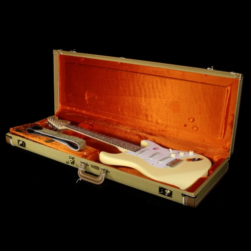 Fender Artist Series Yngwie Malmsteen Stratocaster Electric Guitar Vintage White Excellent, $1,359.00