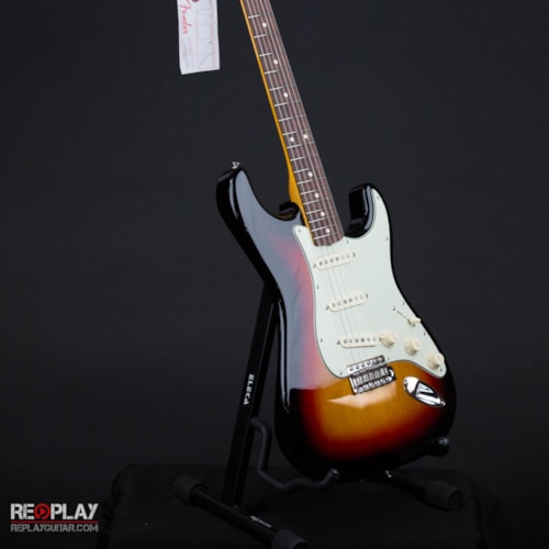 Fender Classic Series '60s Stratocaster Lacquer (3-Color Sunburst) Brand New, $924.99