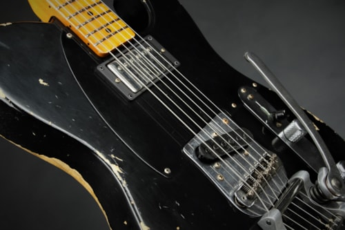 Fender Custom Shop Limited Edition '50s Vibra Telecaster Heavy Relic - Aged Black (1950 reissue)