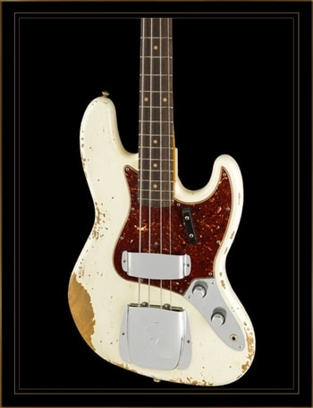 Fender Custom Shop 1961 Heavy Relic Jazz Bass in Aged Olympic White