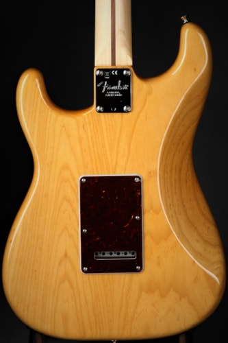 Fender Limited Edition American Professional Stratocaster Light Ash - Antique Natural