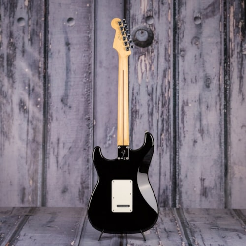 Fender Player Series Strat HSS, Pau Ferro Fingerboard, Black