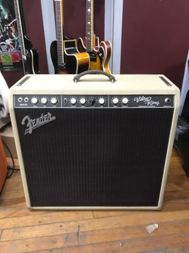 Fender Vibro KIng Blonde