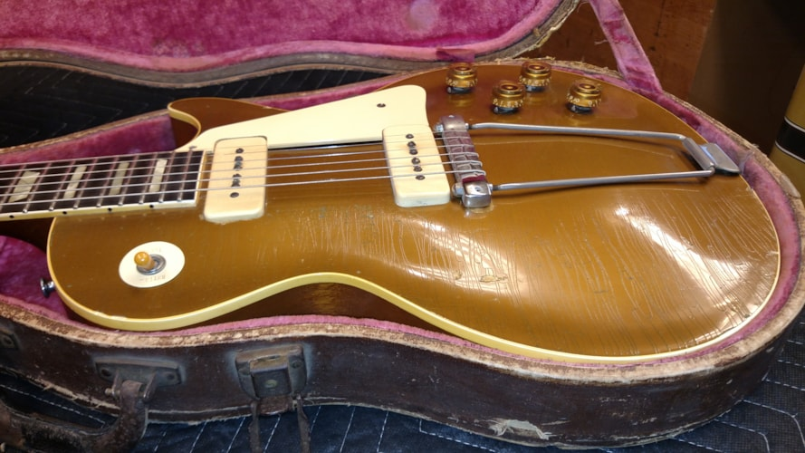 Gibson 1953 Les Paul Goldtop Very Good, Original Hard, $18,500.00